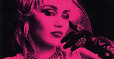 Coluna do Pedro | Miley Cyrus traz um trabalho coeso e bem feito com o Plastic Hearts